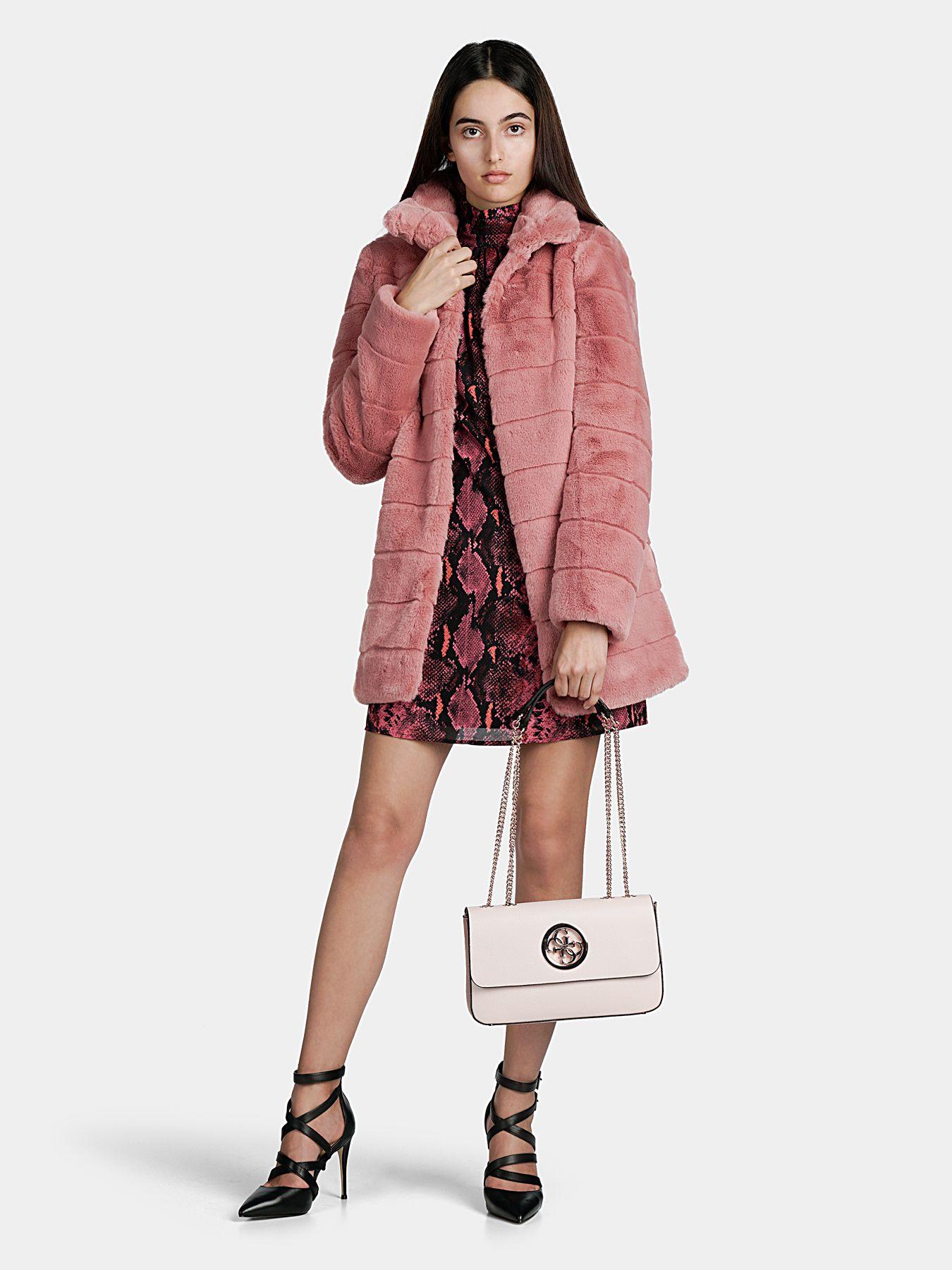 Дамско палто от изкуствена кожа с косъм